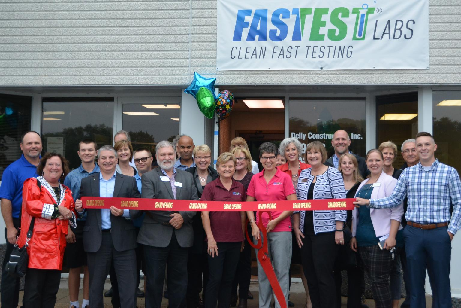 Fastest Labs of Bloomington grand opening ribbon cutting
